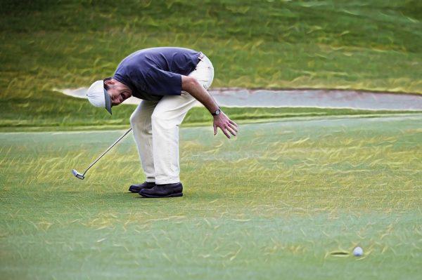 Golfer is telerugesteld na gemiste putt